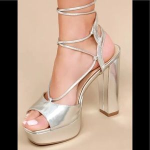 SEXY METALLIC SILVER LACE UP PLATFORM SHOES/HEELS
